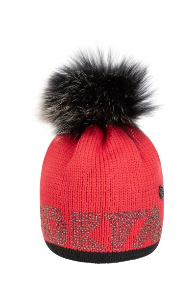 Beanie with fur pompom