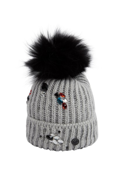 Beanie with real fur pommel