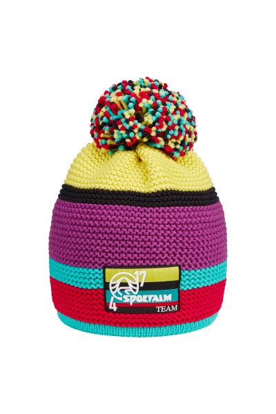 Knitted hat with yarn drum
