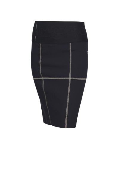 Pencil skirt made of stretch fabric