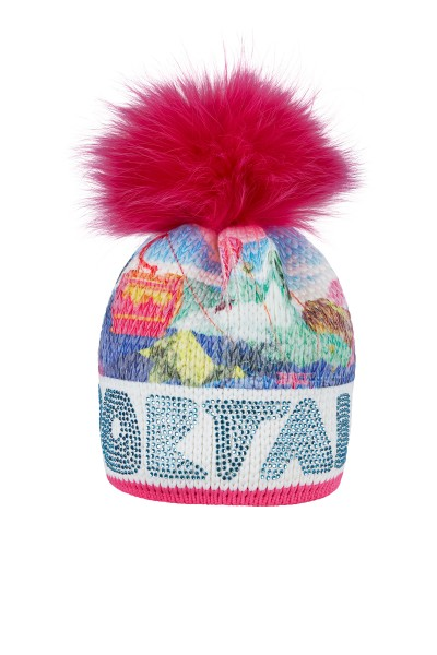 Hat made of printed yarn with a gondola motif