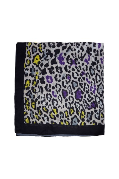Scarf in an allover print