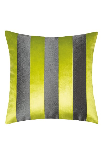 Decorative cushion cover with striped look
