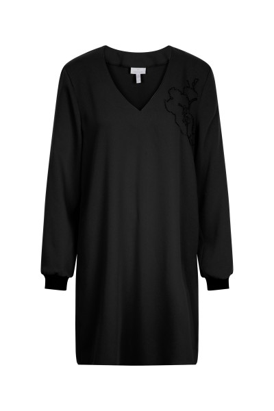 Modisches Shirtkleid