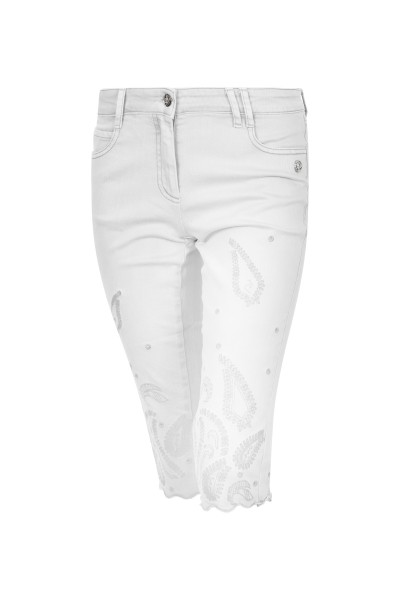 Capri denim pants with paisley hole embroidery