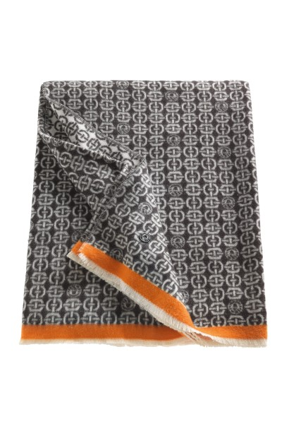 Cosy blanket with graphic Sportalm all-over pattern