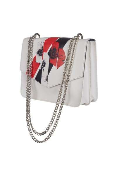 Extravagant bag with floral detail